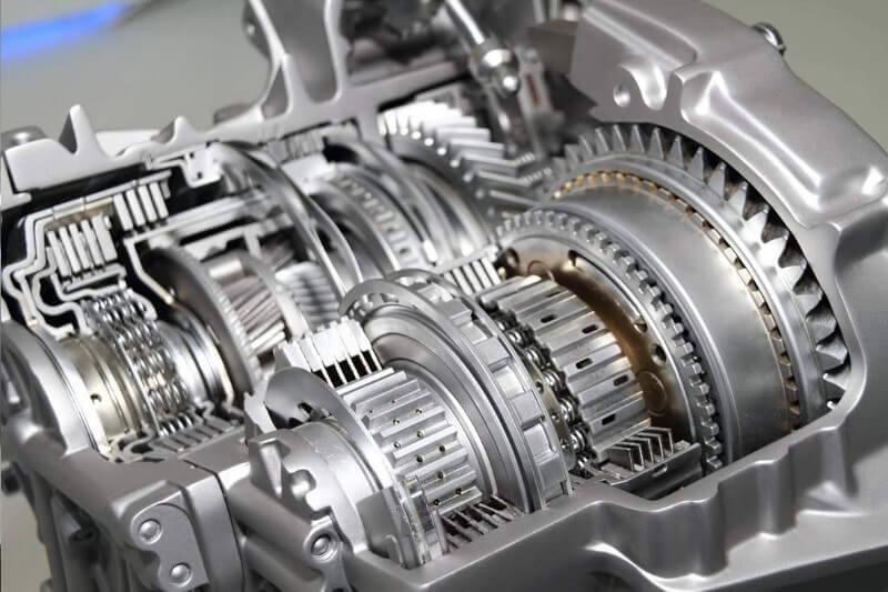 Krovininio transporto automatinių ir mechaninių pavarų dėžių remontas